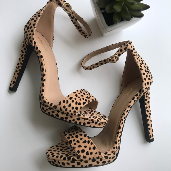 c7a51f48f87 NEW ✨ cheetah animal print heels heel shoes